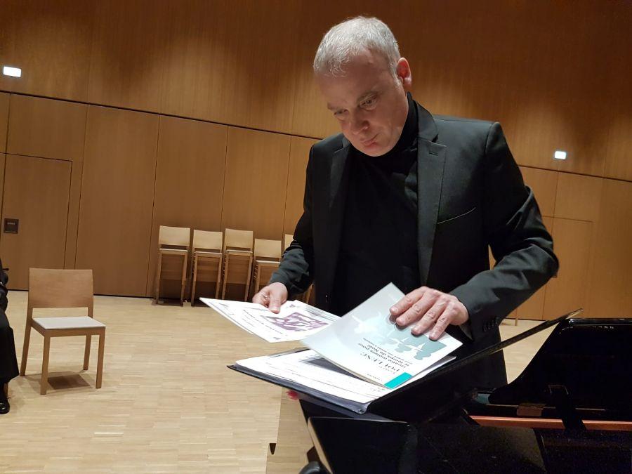 Robert Göstl